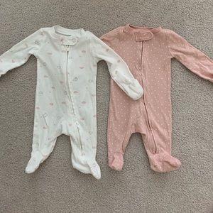 NWOT Carters girls zip pajamas